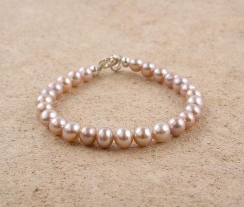 Lavender Freshwater Pearl Bracelet